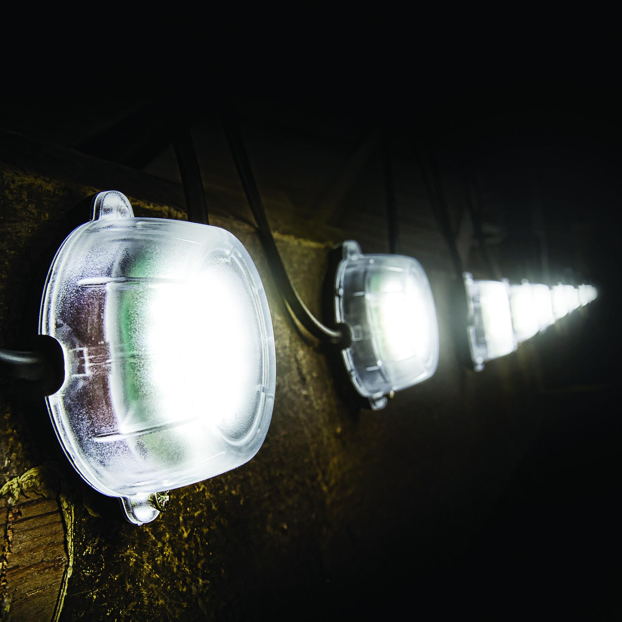 Defender 22m LED Festoon Hanging Light Chain - 230V