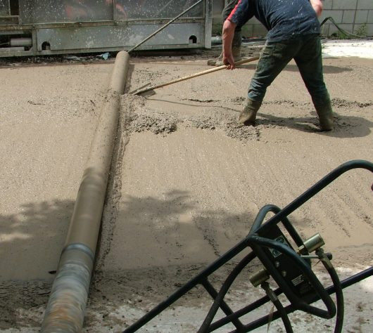 Belle Concrete Rake