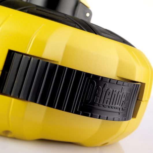 Close up of the black Defender branded integrated carry handle on the Defender 15M 2-way cassette cable reel