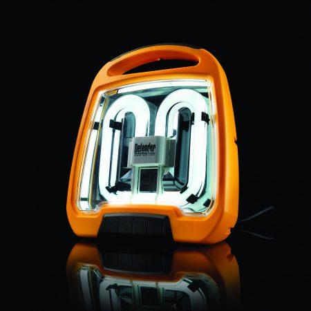 Defender Fluorescent Floor Light - 110V (E709155)