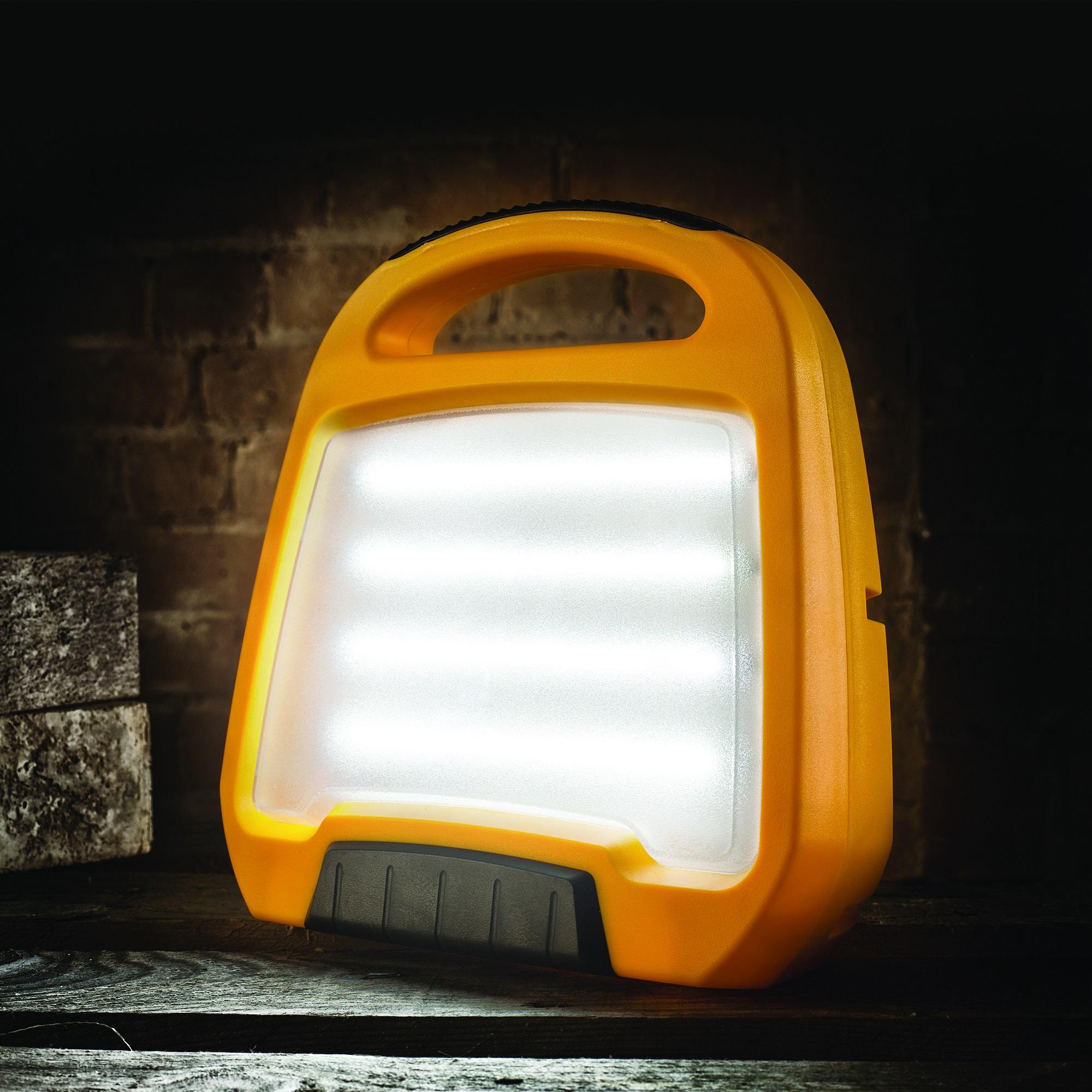 Defender LED Floor Light - 110V (E709162)