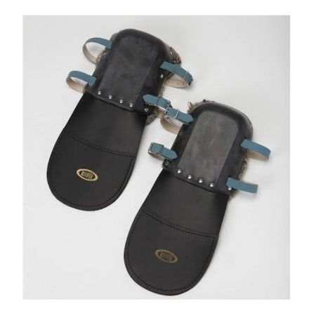 Roofers black asphaliter kneepads with adjustable leather straps and steel buckles