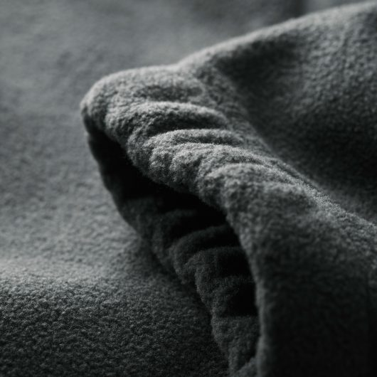 Close up of the elasticated sleeve cuff on the graphite Scruffs worker fleece