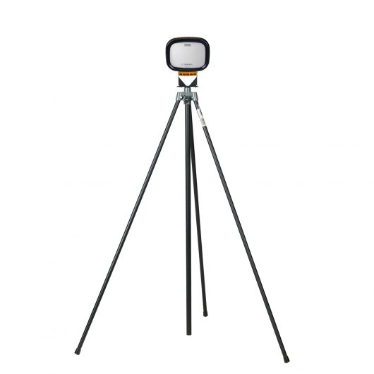 Defender LED6000S Single with Swing Leg Tripod
