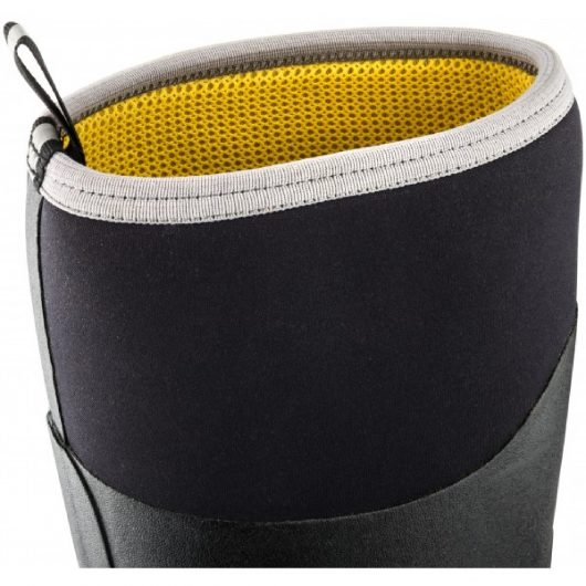 Close up of black neoprene at the top of the calf on BBZ6000 safety wellington boot with yellow inside and contrasting grey rim