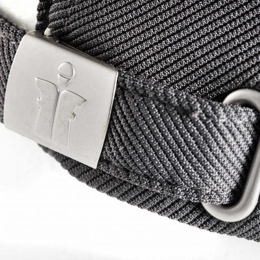 Close up of the adjustable strap with a Scruffs branded metal buckle on the work cap