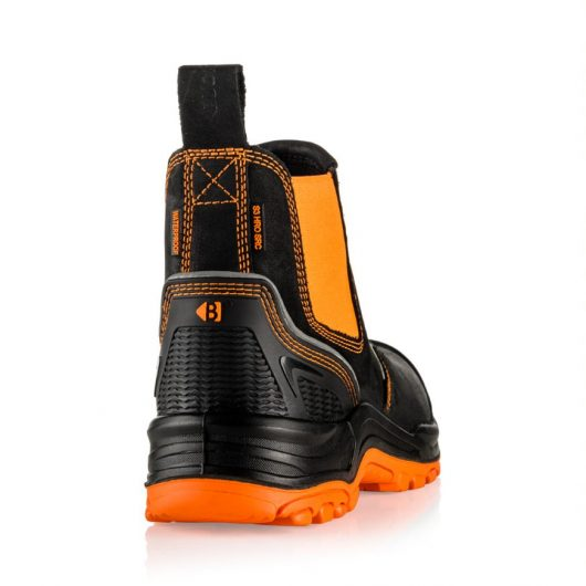 This image shows a rear view of the Buckler BVIZ3 Orange/Black with extended heel guard