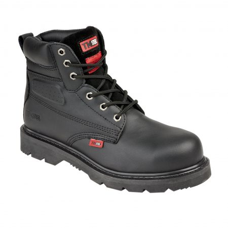 This image shows the TuffKing Alder black boot with metal loops and padded collar/tongue