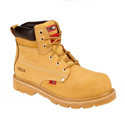 This image shows the TuffKing Alder nubuck boot with metal loops and padded collar/tongue