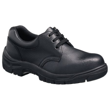 This image shows the Tuffking Chukka shoe, with padded collar and slip resistant sole