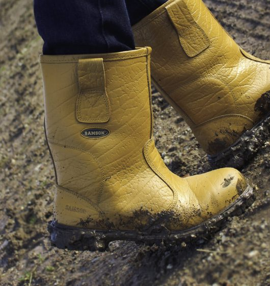 This image shows the Ludlow+ Safety Rigger Boot on site